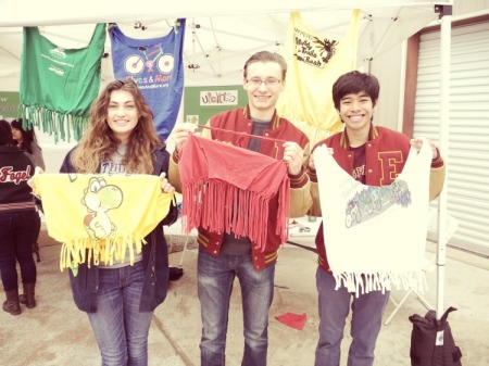 Bring an old t-shirt to the 3R Bazaar and learn how to re- purpose it into wearable art at the No-Sew Boutique.